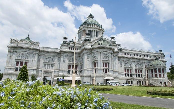 Ananta Samakhom Throne Hall. Foto di Martinp1.