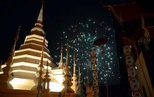 Wat Phantao durante il Loi Krathong, Chiang Mai