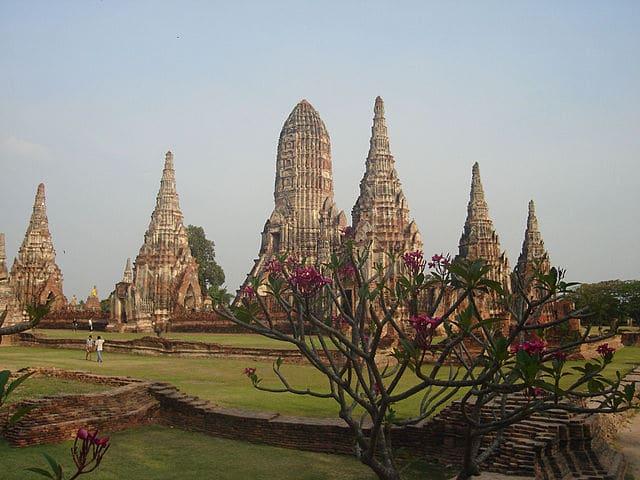 Wat Chaiwatthanaram. Foto di PlusMinus.
