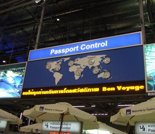 Visto e Passport control.