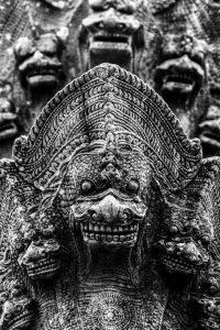 Dettaglio scultura a Prasat Phanom Rung, Chaloem Phra Kiat District, Buri Ram Province. Foto di Chaiyathat.