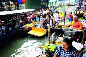 Mercato galleggiante di Damnoen_Saduak, Ratchaburi. Foto di Mr.Niwat Tantayanusorn, Ph.D.