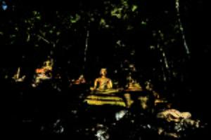 Wat Thum Nam, Ratchaburi. Foto di Mr.Sivakrit Saravit.