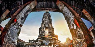 Wat Aranyikawat, Ratchaburi. Foto di Cityartpat.