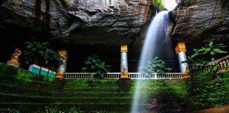 Wat Tham Heo Sin Chai a Ubon Ratchathani. Foto di Khunkay.