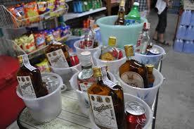 Bottiglie di SangSom.