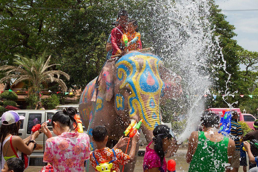 Songkran ad Ayutthaya - Foto di JJ Harrison.