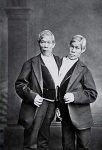 I gemelli siamesi Chang e Eng Bunker.