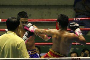 Incontro di Muay Thai.