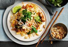 Come cucinare il Pad Thai.