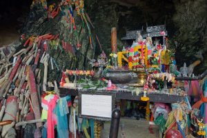 Santuario a Phra Nang.