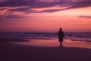 camminate sulla spiaggia