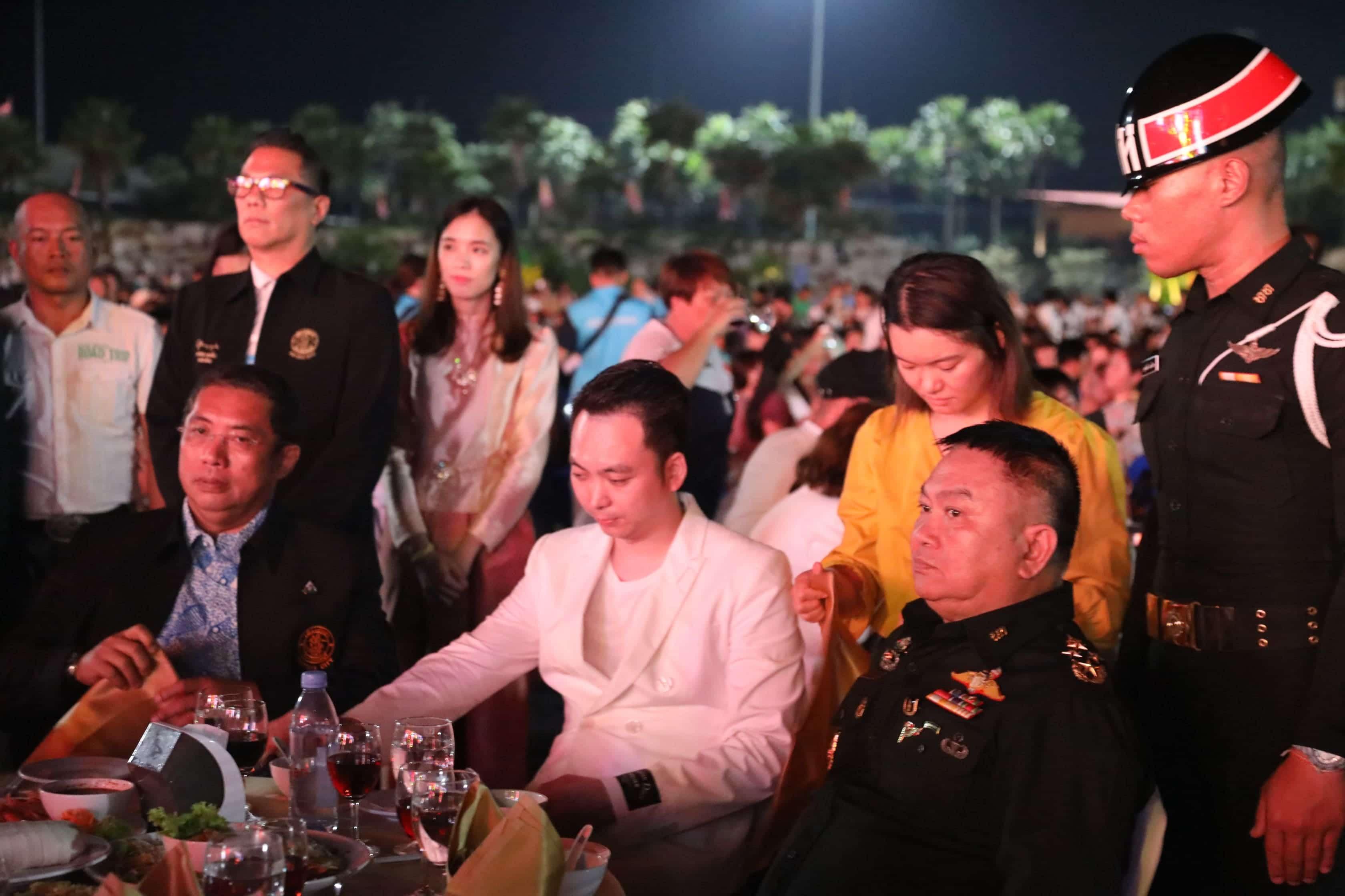 Un'intera azienda in vacanza premio a Pattaya