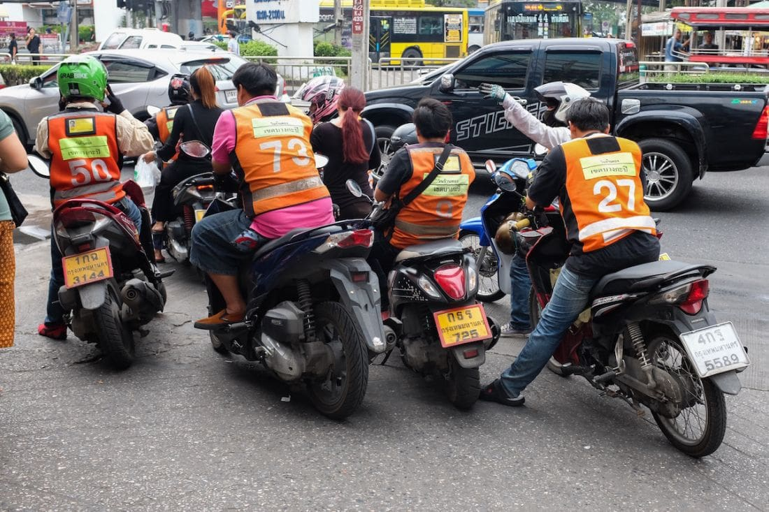 Proposta di un ban di 3 anni per i tassisti sul marciapiede