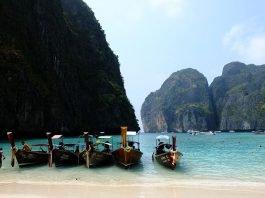 Maya Bay in Thailandia rimarrà chiusa per altri due anni