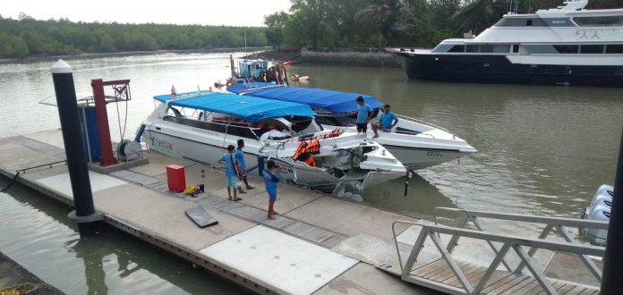 Scontro tra barche a Phuket, 22 feriti